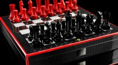 Ferrari chess set: play the emotion