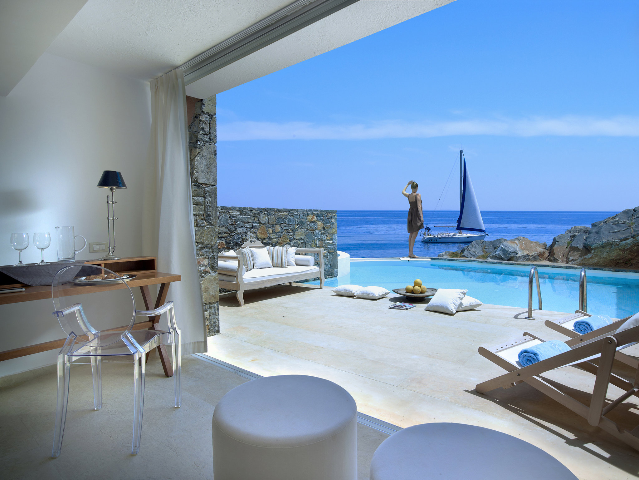 Small luxury hotels in the world the best for this season for Exclusive luxury accommodation