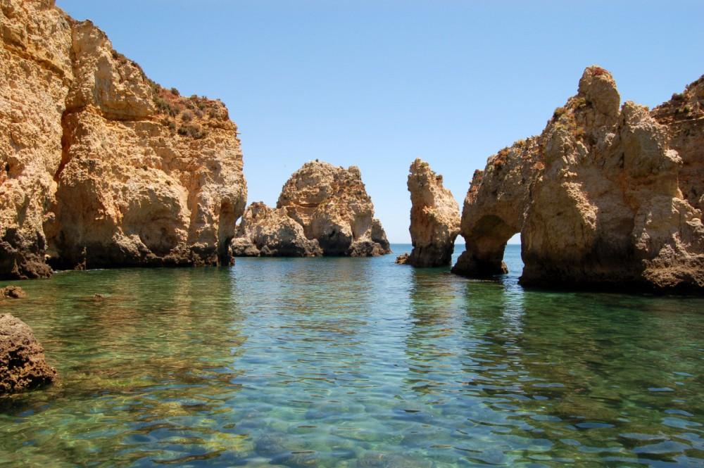Iates de luxo no Algarve: um guia exclusivo