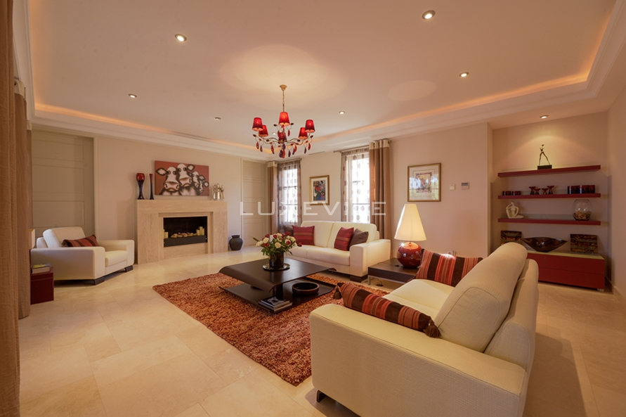 Luxury villas in Portugal: 5 breathtaking living rooms