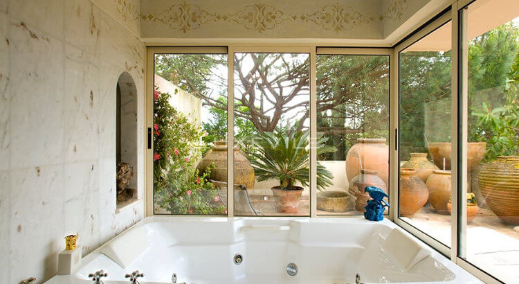 Luxury homes: the most beautiful bathroom decorations