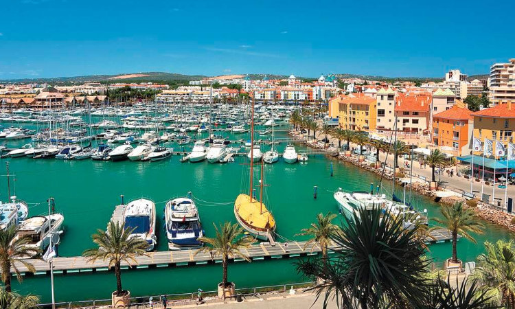 Vilamoura Marina - - Luxury in Algarve: an exclusive guide