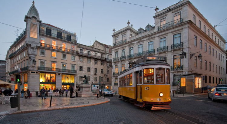 Luxury brands: a shopping guide for Lisbon