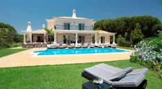 Villas in Portugal: the most desired house in Vale do Lobo
